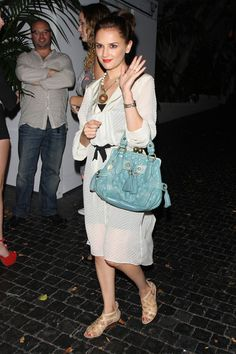 Rachael Leigh Cook Photos: Actress Rachael Leigh Cook looks radiant in white as she leaves the infamous Chateau Marmont with friends in West Hollywood