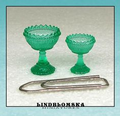 Miniature green goblet in scale the smaller by Lindblomska, Scale, Miniatures, Tableware, Unique Jewelry, Handmade Gifts, Glass, Green, How To Make, Christmas
