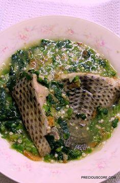 Okra Recipes, Fish Recipes, Soup Recipes, Cooking Recipes, Nigeria Food, Ghana Food, Cameroon Food, Okra Soup Recipe, Zambian Food