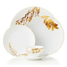 Bernardaud Vegetal | Thanksgiving prep starts now. When it comes to hosting a Southern Thanksgiving, the gorgeous tablescape is just as important as the delicious food. And the foundation to any beauitful table is the china. We've rounded up a selection of Thanksgiving and fall-inspired china patterns, embellished with warm colors and beautiful patterns that will stick with you through the Christmas season (before you break out the Christmas-specific china, that is). Many of these pieces…