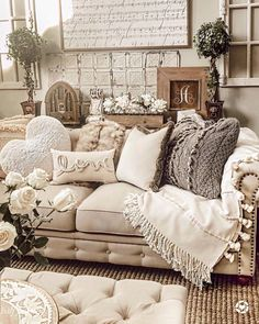 Tips And Techniques For shabby chic living room Shabby Chic Living Room, Shabby Chic Homes, Living Room Sets, Living Room Chairs, Rugs In Living Room, Living Room Furniture, Wooden Furniture, Industrial Furniture, Cream Living Room Decor