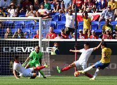 @CBF Gol do Hulk e Brasil vence Costa Rica em primeiro jogo pós-vexame #9ine