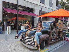 ...nett beladen... Antique Cars, Antiques, Vehicles, Vintage Cars, Antiquities, Antique, Car, Old Stuff, Vehicle