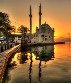 Ortakoy mosque in Istanbul. Turkey- Ortakoy mosque in Istanbul. Turkey Ortakoy mosque in Istanbul. Istanbul Guide, Istanbul Tours, Visit Istanbul, Istanbul Travel, Most Beautiful Cities, Beautiful Sunset, Wonderful Places, Cultural Architecture, Architecture Plan