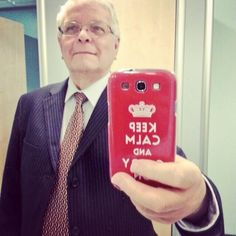 19 Grandparents Snapping Cooler Selfies Than You
