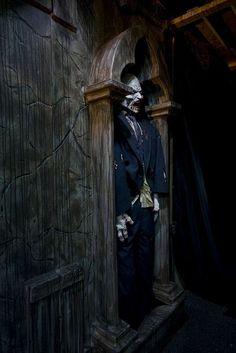 Spirit Halloween Contest... Boo!!!:)(Veronica D):