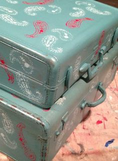 Junque in My Trunk in Kansas created a sweet little treasure with these suitcases painted in Beach Glass, stenciled and finished in Top Coat.