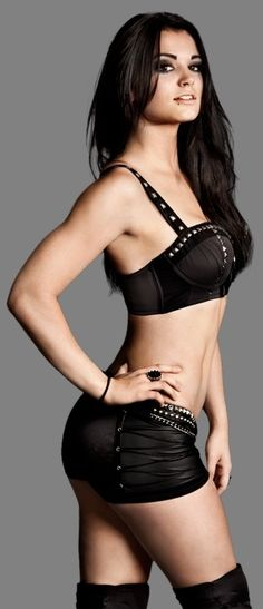 WWE Divas - Paige is the New WWE Divas Champion!