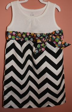 2T-Cupcake/Chevron dress! Ready to ship!