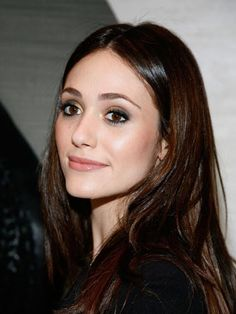 Emmy Rossum gorgeous hair and makeup