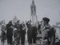 Bevrijding van Amersfoort met de burgemeester en de Canadezen op De Hof (1945)