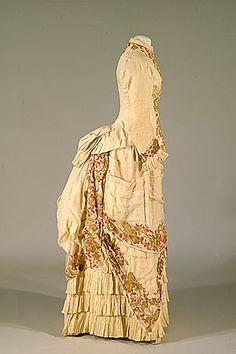 1885 Bustle gown, with pattern, Tidens Toj