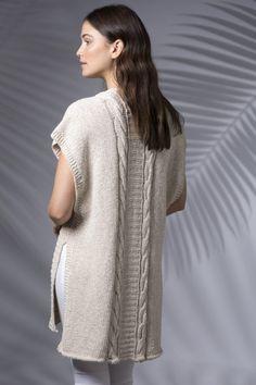 Ravelry: Banana Leaf Duster Vest pattern by Pam Grushkin Knitting Machine Patterns, Knit Patterns, Knit Cowl, Knitted Poncho, Lace Knitting, Knit Crochet, Duster Vest, Knit Vest Pattern, Knitting Designs