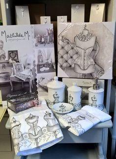 Collection Boudoir Mathilde M en vente sur le site la-caverne-aux-idees-alesia.com décoration de salle de bains