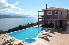 Holiday villa rental in Lefkada. Luxury Lefkadas villas complex with breathtaking sea views. These amazing one of a kind villas offer everything you c. Cool Swimming Pools, Best Swimming, Villas, Greece, Sea, Luxury, Outdoor Decor, Holiday, Home Decor