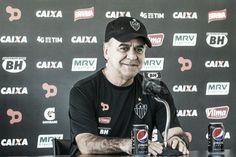 hhttp://www.vavel.com/br/futebol/atletico-mg/705038-secador-desligado-marcelo-oliveira-diz-que-nao-esta-torcendo-contra-flamengo-e-palmeiras.html  Secador desligado: Marcelo Oliveira diz que não está torcendo contra Flamengo e Palmeiras