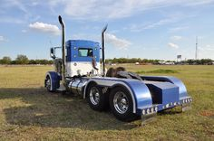 Custom Semi Truck Inventory-rigs,day cabs sale, financing, tandem dump trucks, buy day cab