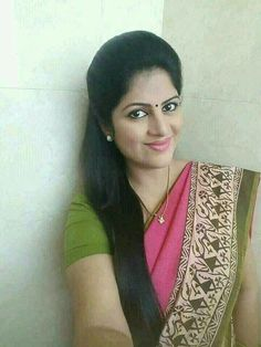 Eye dark eyebrows Ideas for 2019 Indian Natural Beauty, Indian Beauty Saree, Beautiful Girl Indian, Most Beautiful Indian Actress, Beautiful Saree, Beautiful Women, Beauty Full Girl, Beauty Women, Long Indian Hair