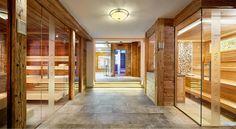 Exklusiver Wellnessurlaub in St. Anton am Arlberg Vital Hotel, Wellness, St Anton, Divider, Room, Furniture, Home Decor, Steam Bath, Bedroom