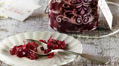 Punasipulihilloke maistuu juustojen kanssa tai liharuokien lisäkkeenä. Mainio joululahjavinkki!