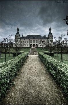 Kielce Palace, Poland. by rosella