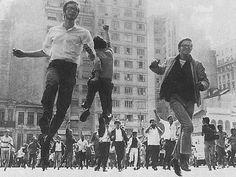Movimento estudantil durante os anos de ditadura (Foto: Divulgação/ Arquivos UNE)