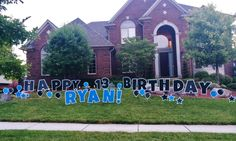 This Birthday greeting is just FUN! We love the balloons and stars, too. Birthday Yard Signs, Boy Birthday, Lawn Sign, Host A Party, The Balloon, Birthday Greetings, Special Day, Boy Or Girl, Balloons
