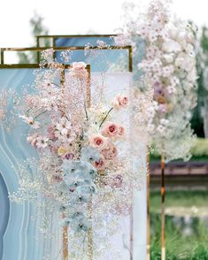 20 Light Blue and Blush Pink Wedding Colors for Spring Summer 2020 20 Light Blue and Blush Pink Wedding Colors for Spring Summer 2020 light blue and blush pink wedding decoration. Blush Wedding Colors, Blue And Blush Wedding, Winter Wedding Colors, Blush Pink Weddings, Floral Wedding, Wedding Flowers, Blue Weddings, Winter Weddings, Burgundy Wedding