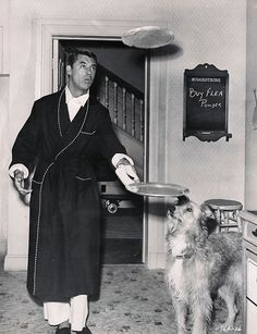 Cary Grant flipping pancakes. DREAMY!