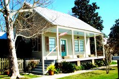 Madisonville - Louisiana Lake Pontchartrain, New Orleans Louisiana, North Shore, Cabin, House Styles, Outdoor Decor, Home Decor, Decoration Home, Room Decor