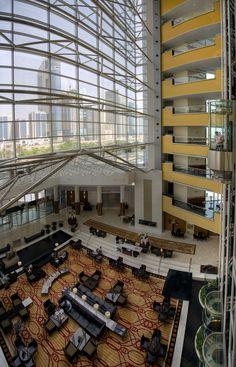 Jumeirah Emirates Towers Hotel - Dubai Restaurants - Lobby Lounge