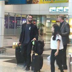 Seth arriving in Malaysia Seth Rollins, Kuala Lumpur, Wwe, Fans, Fashion, Moda, Fashion Styles, Fashion Illustrations