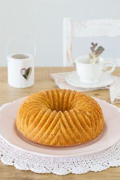 Cake de nata agria http://www.claudiabriandi.com/2014/09/cake-de-nata-agria.html