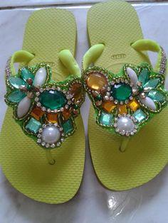 chinelos bordados - Chinelo decorados - Blog Pitacos e Achados   - Acesse…