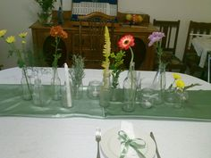 Table decor test Wedding Decorations, Table Decorations, Glass Vase, Home Decor, Decoration Home, Room Decor, Wedding Decor, Home Interior Design, Dinner Table Decorations