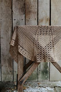 Let's just pretend that this shawl is called Humphrey after Bogart because harks back to the glamour of the early Hollywood era, which it certainly does, not because of a stupid joke about camels with three humps that has stuck, okay?