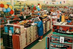 A wonderful vintage Toyland store... in full color!
