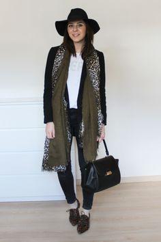 dienstag-weekly-wardrobe-review-whoismocca-fashionblog-blogger-tirol-tirolerin-mode-beauty-alltagsoutfits-alltagslook-everyday-look-ootd-inspiration-casual-look-leo-schnuerschuhe-loafer-fedora-blazer -