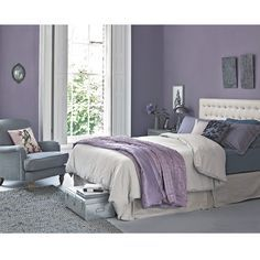 These classic colour duos are perfect for soft and relaxing decorating schemes Lilac Room, Gray Purple Bedrooms, Romantic Purple Bedroom, Bedroom Ideas Purple, Purple Bedroom Paint, Lavender Bedrooms, Purple Master Bedroom, Purple Home Decor, Bedroom Black