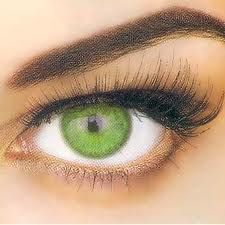 Makeup Tips for Green Eyes....Olive or Dark Green Eyes:  Maroon is definitely the color that works for this eye color.  Your panther-like green peepers do well at drawing people in once they catch your gaze, the trick is getting them there to begin with.