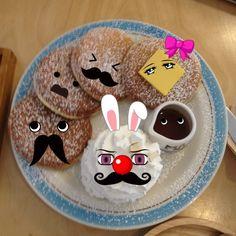 cake - Mustache Mania http://itunes.apple.com/us/app//id491895713?mt=8