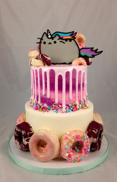 Pusheen Cake with glazed cake doughnuts