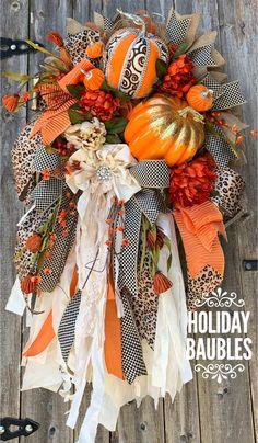 Autumn Wreaths, Holiday Wreaths, Wreath Fall, Halloween Wreaths, Bauble Wreath, Bow Wreath, Door Wreaths, Pumpkin Topiary, Wreath Making Supplies