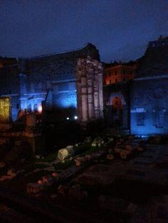 mercati di Traiano visti dalla via Alessandrina