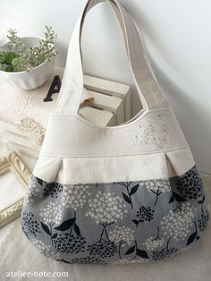 Flower pattern bag