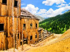Colorado Ghost Town Animas Forks Abandoned Buildings, Abandoned Places, Ghost Towns In Colorado, Living In Colorado, Ghost Photos, Haunted Places, Old West, Rocky Mountains, Travel Ideas