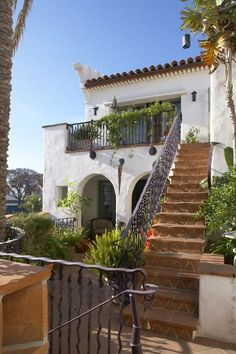 spanish style villa } love the staircase | california spanish