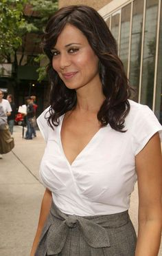 Catherine Bell: The Good Witch Beautiful Celebrities, Beautiful Actresses, Gorgeous Women, Katherine Bell, Catherine Zeta Jones, Thing 1, Le Jolie, Hot Brunette, Hollywood Actresses
