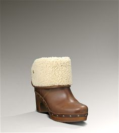 4d8fc82966 Ugg clog boots...got them for Christmas in black. Now trying to curb ...