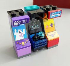 LEGO Arcade Cabinet Created by JANGbricks.com #vintage #arcade #lego #jangbricks…